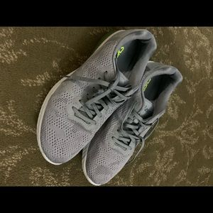Asics Gel Kenun Running Shoe